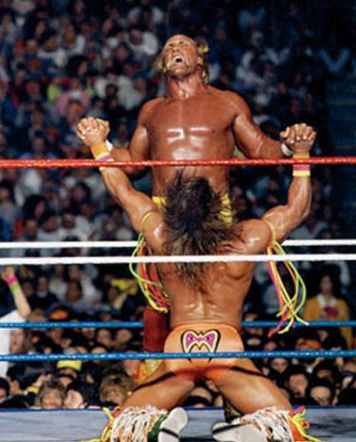 Perfectly-timed-pictures-WWE