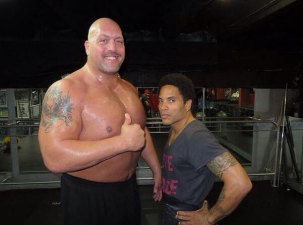 Big Show Works Out With Lenny Kravitz Stillrealtous Com Peterson in part one of the big lenny trilogy. stillrealtous com