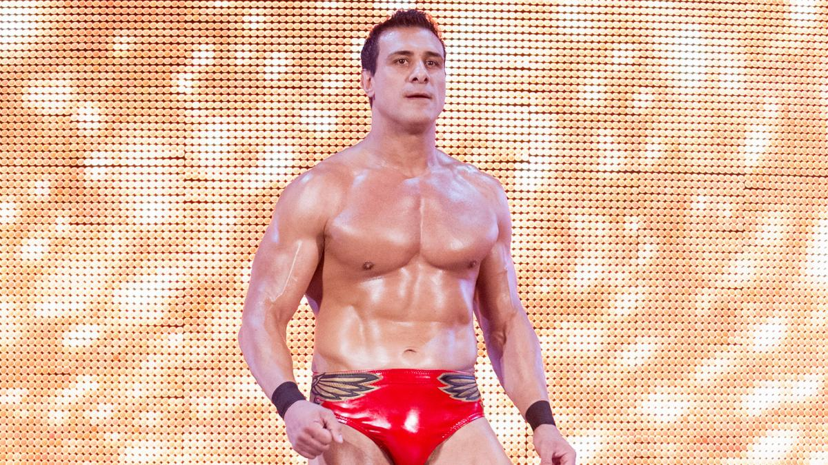 Audio From Airport Incident Involving Alberto Del Rio And Paige Surfaces Online