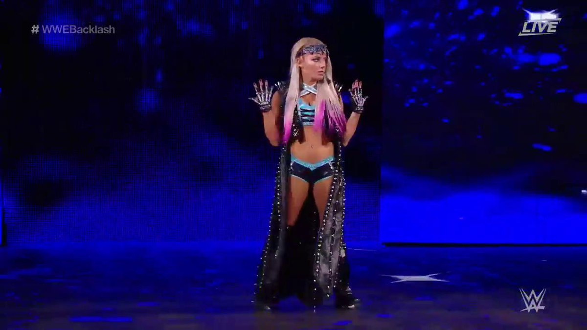 Alexa Bliss Suffers Injury at Backlash