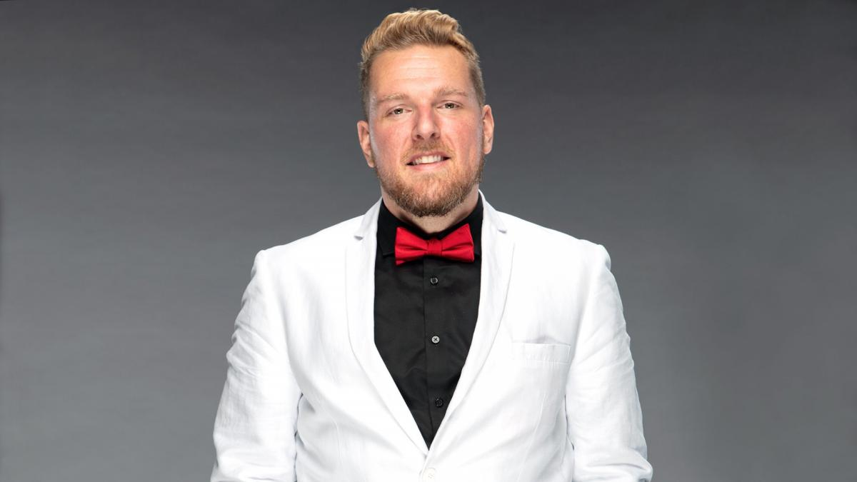 Pat McAfee Announces He Has Officially Signed with WWE